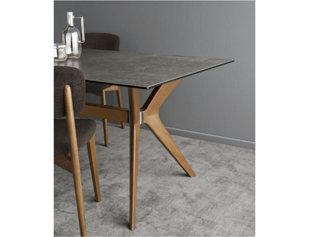 TOKYO CS/18-RC 160 DINING TABLE