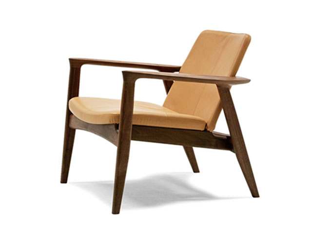 ROBINSON LOUNGE CHAIR